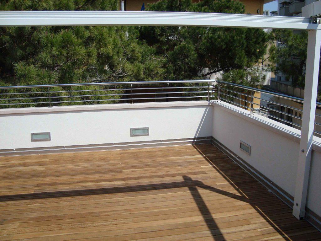 particolare di un terrazzo moderno
