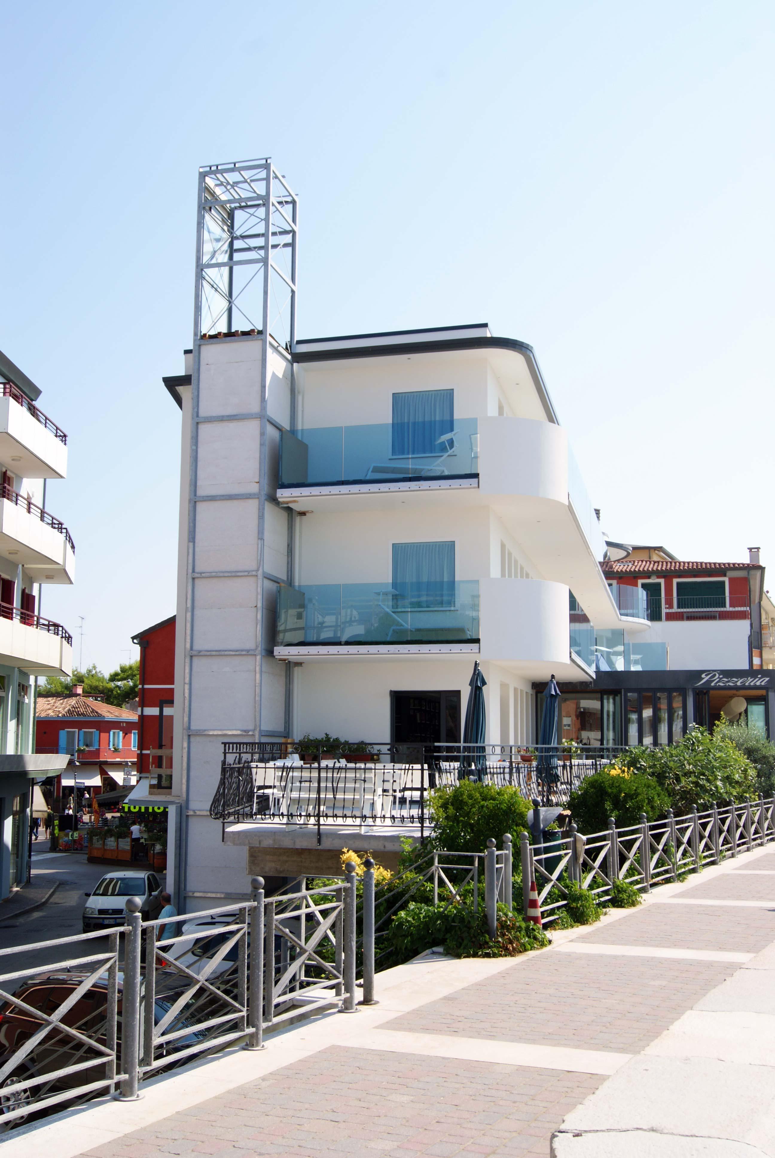 Vista frontale hotel Negretto